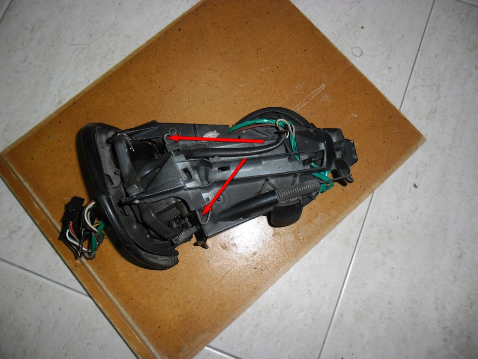 электросхема складывания зеркал мерседес 140