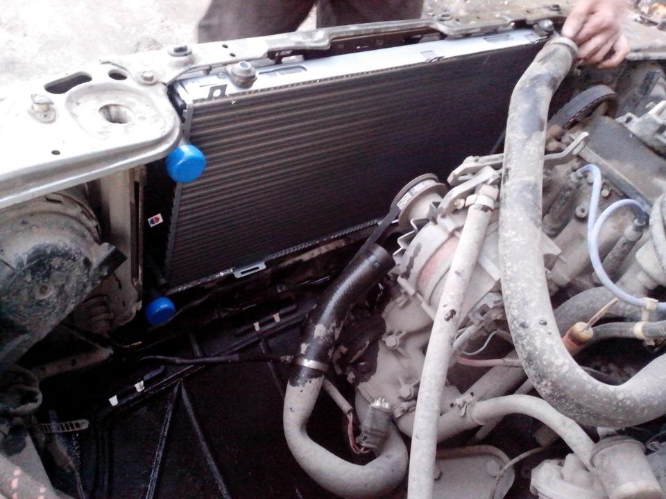 замена радиатора audi 80 b3
