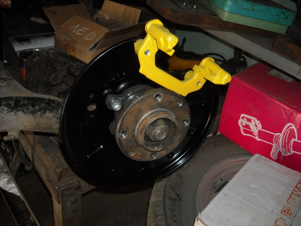 Задние дисковые тормоза на ваз 2190 с ручником своими руками 93