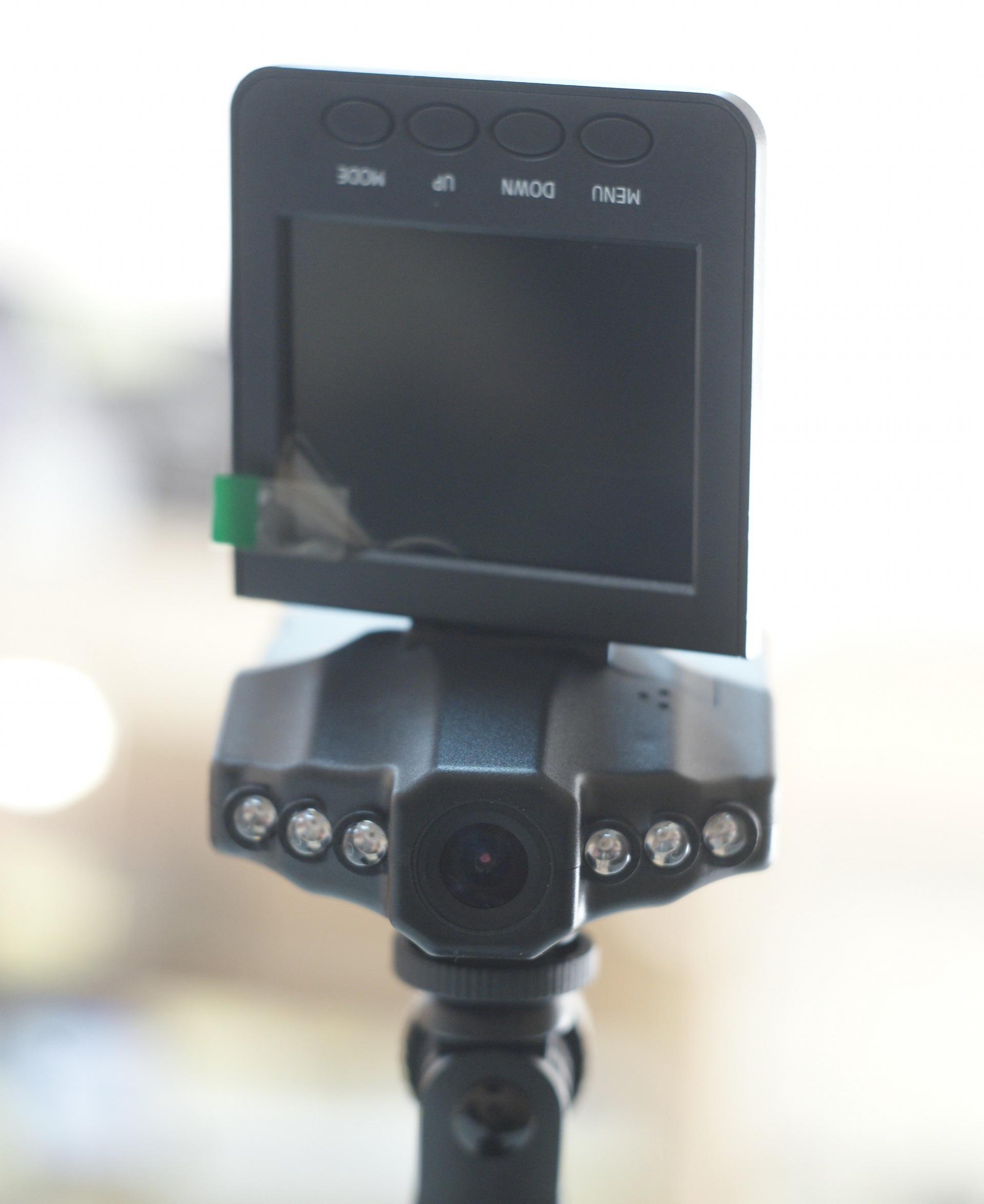 Как включить диодную подсветку на видеорегистраторе