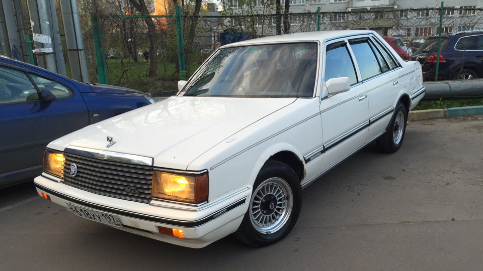 запчасти на nissan laurel c31