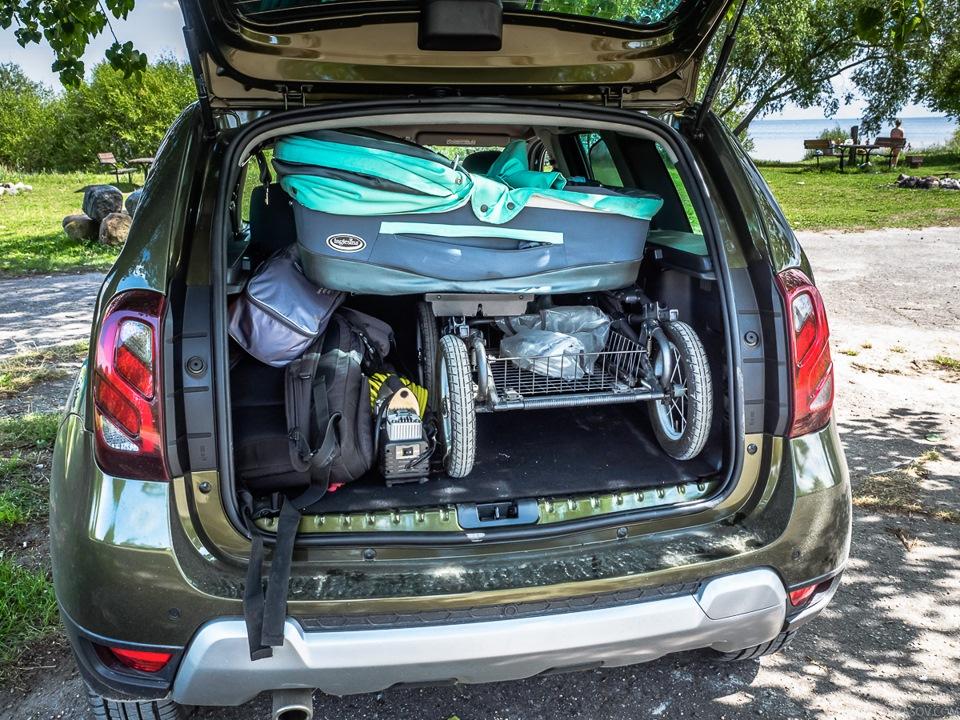 renault duster коляска в багажнике