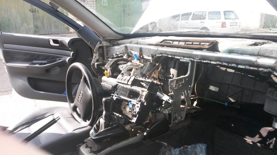 замена радиатора печки на audi a4 1995