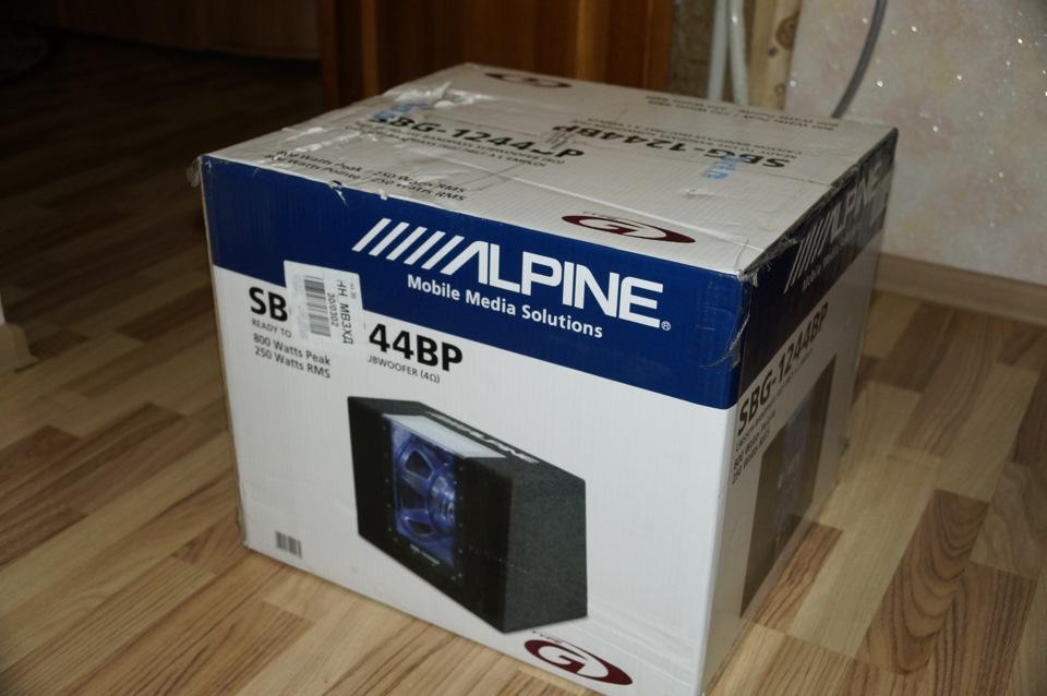 Сабвуфер Alpine SWG-1244