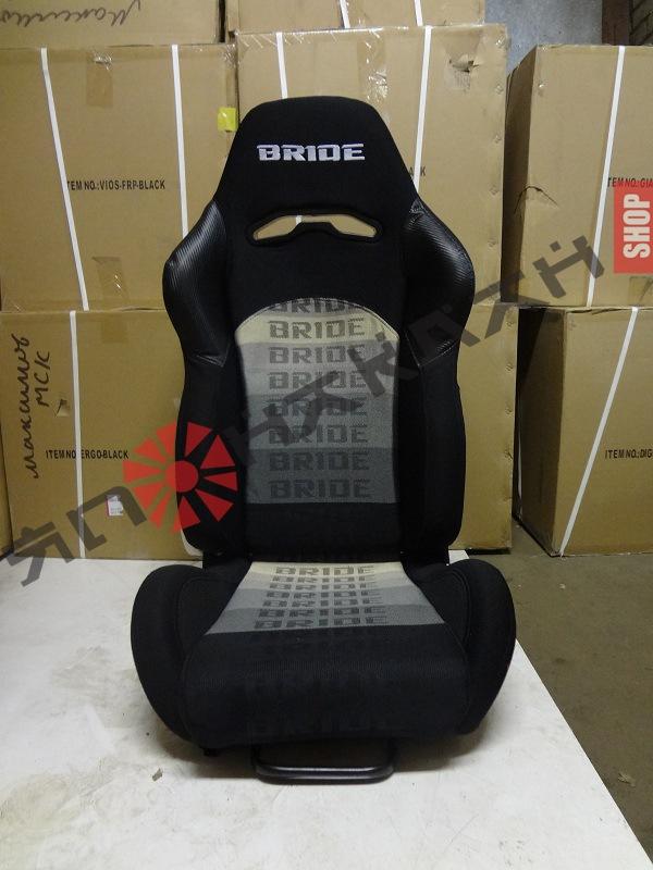Кресла рекаро