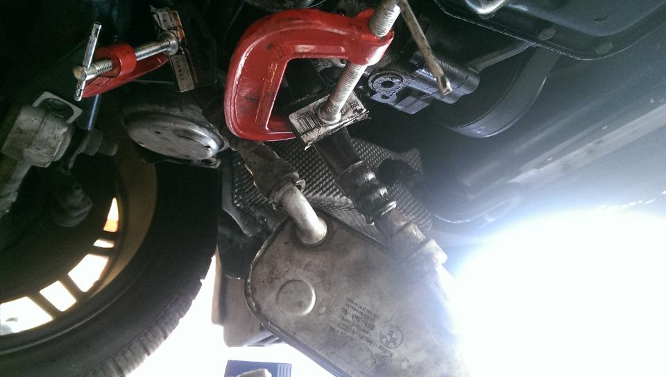 как поменять термостат на BMW e46