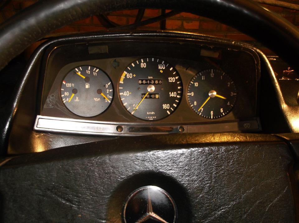 Instrument panel Mercedes w123  Solving the most urgent