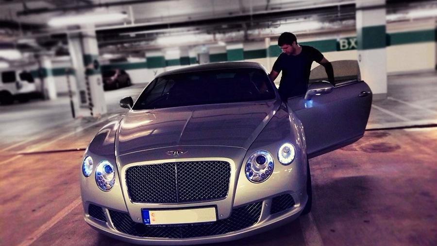 владельцы автомобиля бентли в москве