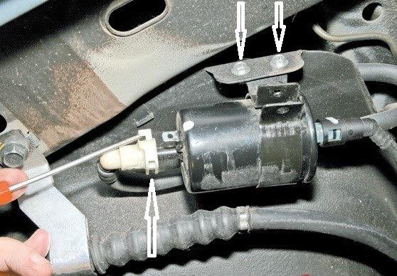 Заз Вида. Замена топливного фильтра. - бортжурнал ЗАЗ Vida Черная ведьма 2012 года на DRIVE2