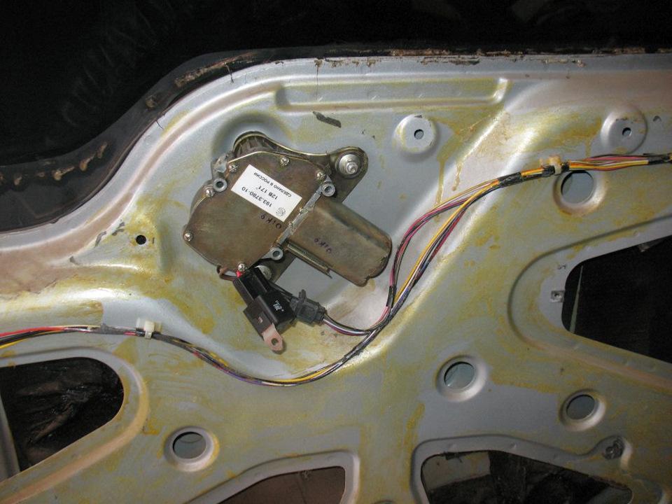 aad4361s 960 - Схемы реле заднего стеклоочистителя
