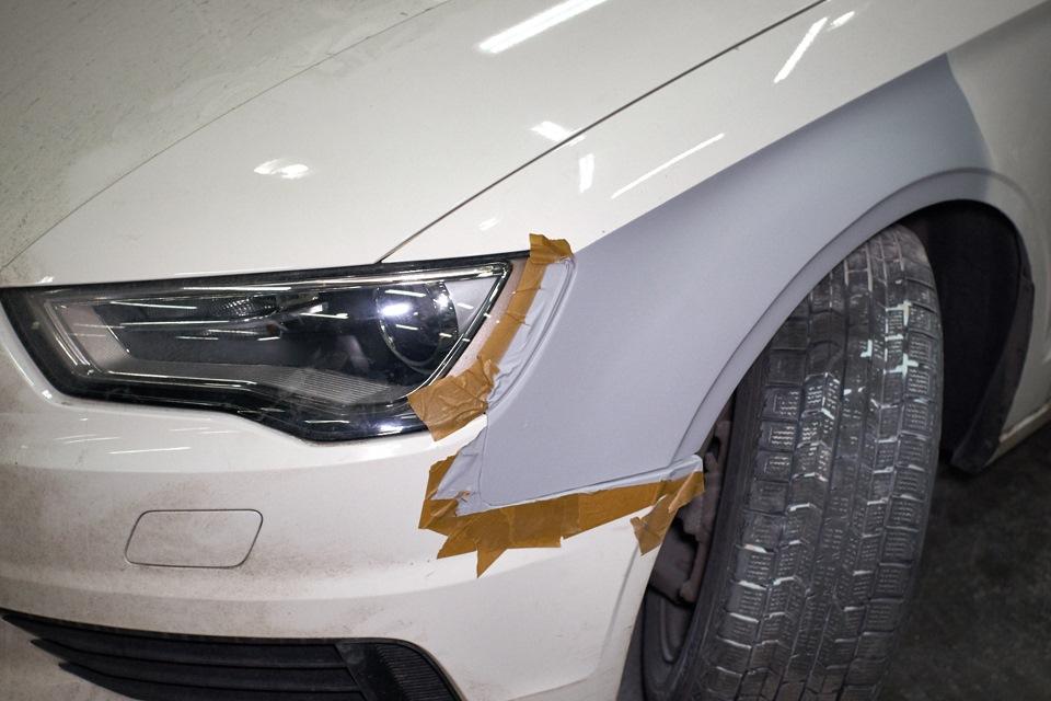 Переднее крыло Audi A3 Sedan после нанесения грунта