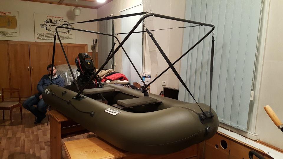Маскировка резиновой лодки