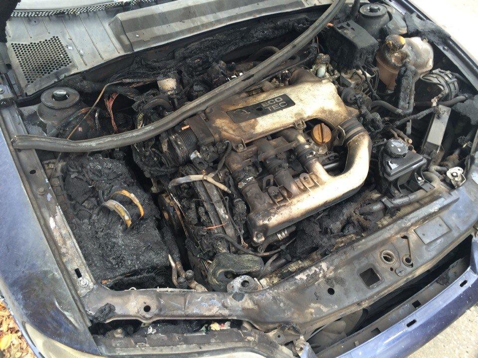 Усе. Приехали. Сгорел частично мотор, машина продается, желательно целиком  — Opel Vectra, 2.5 л., 1999 года на DRIVE2