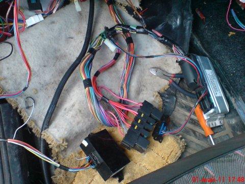 схема проводки ваз 21099 инжектор.  Электрическая проводка на ВАЗ 21099 под новый контроллер.