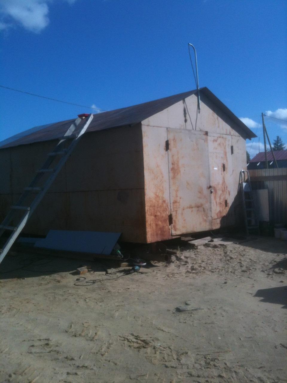 Чем красить железный гараж купить металлический гараж пенал новый