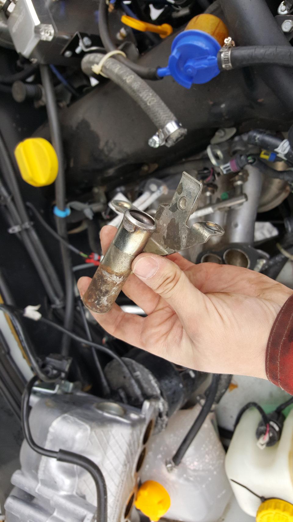 ac10625s 960 - Установка подогревателя с помпой на шевроле нива