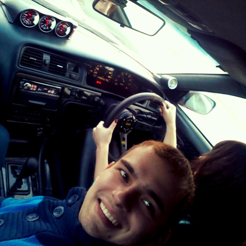 фото девушек за рулем
