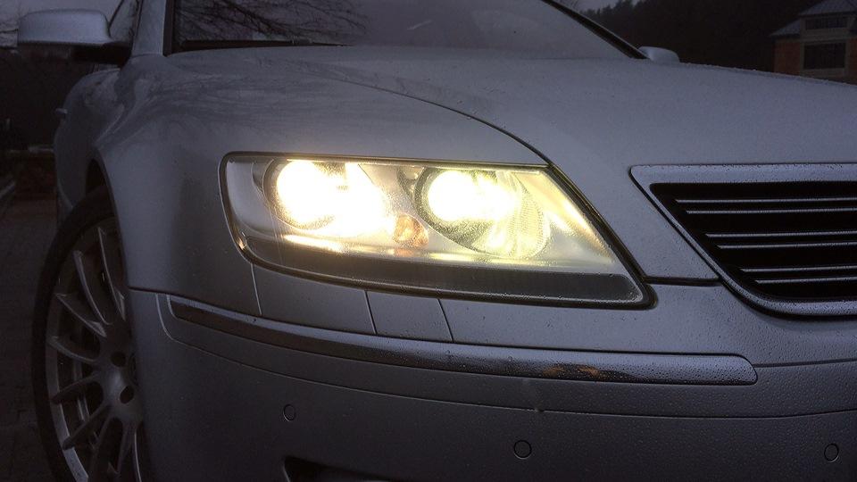 Volkswagen Phaeton V10