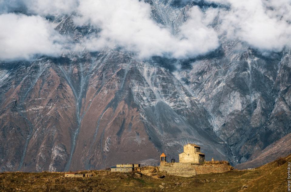 17 Сионская церковь X век в селе Сиони.