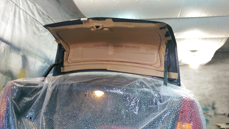 Обшивка багажника рено логан