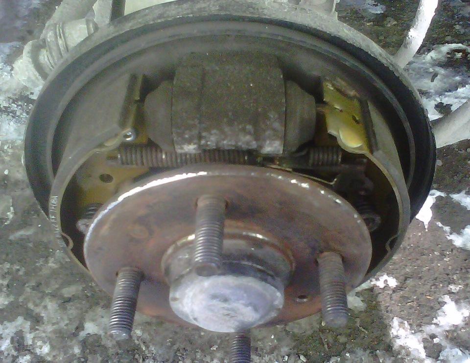 Фото №20 - ВАЗ 2110 проточка тормозных барабанов