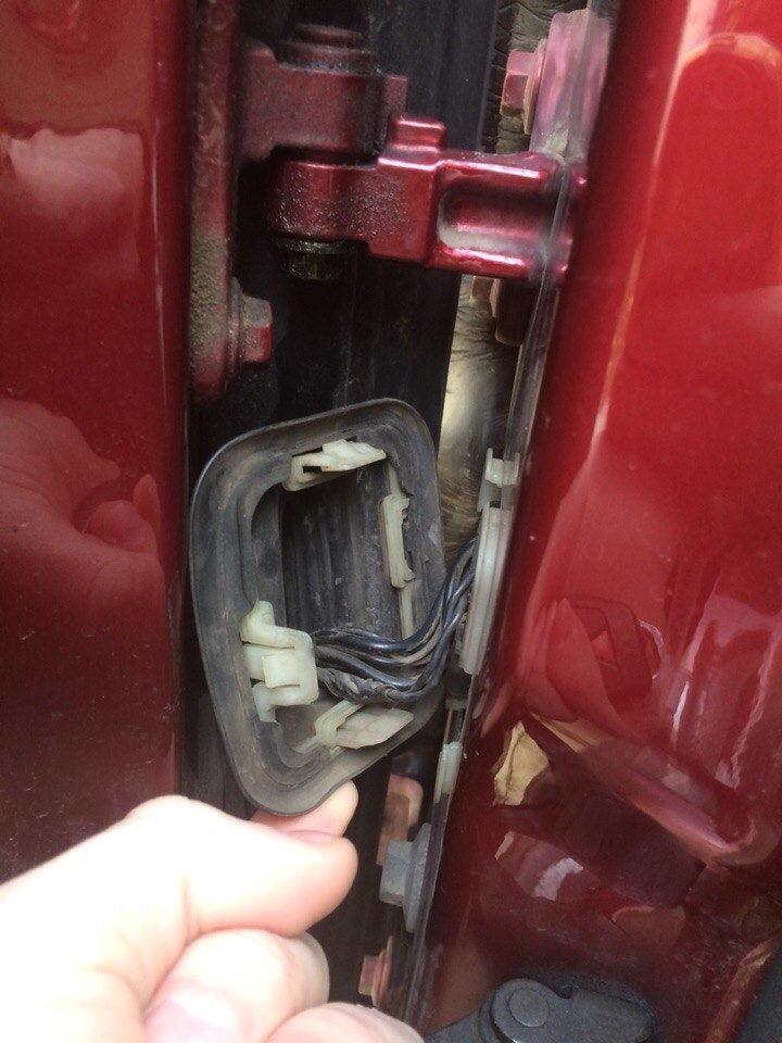 volvo s40-не открывается водительская дверь