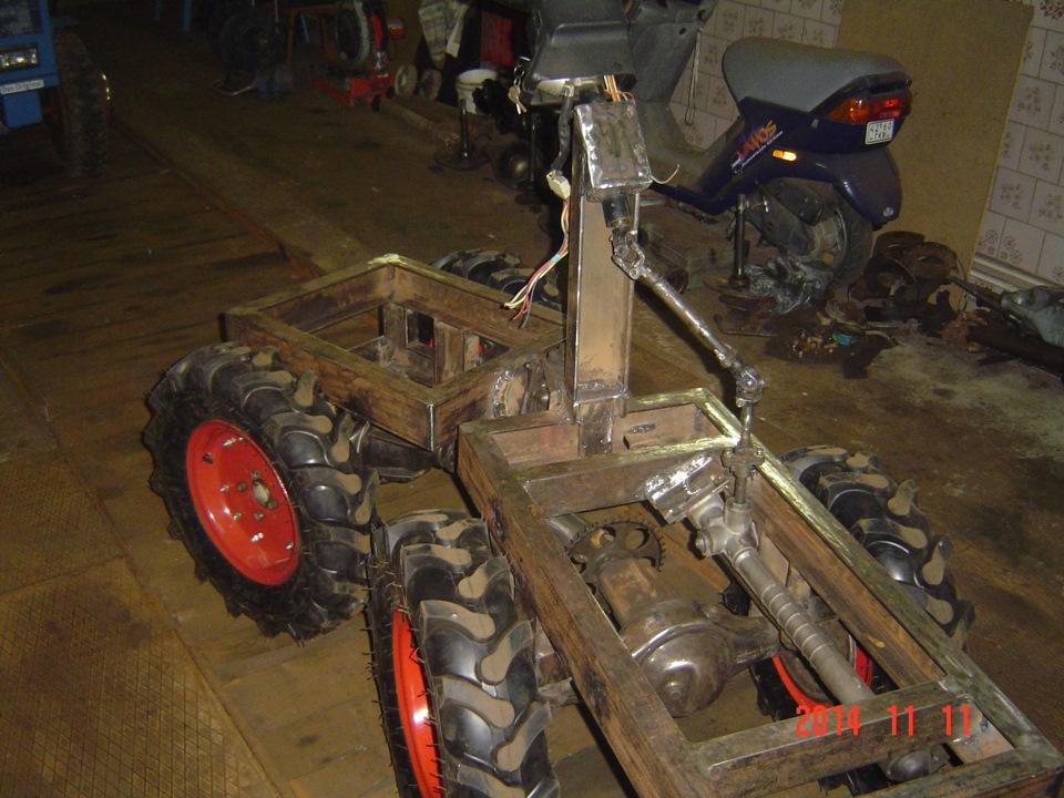Как сделать трактор переломку с двумя коробками видео