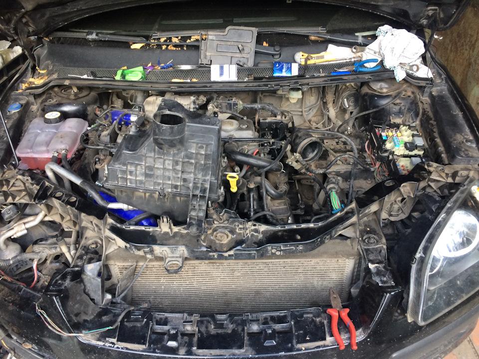 11  Under the hood   Immobilizer error — logbook Ford Focus
