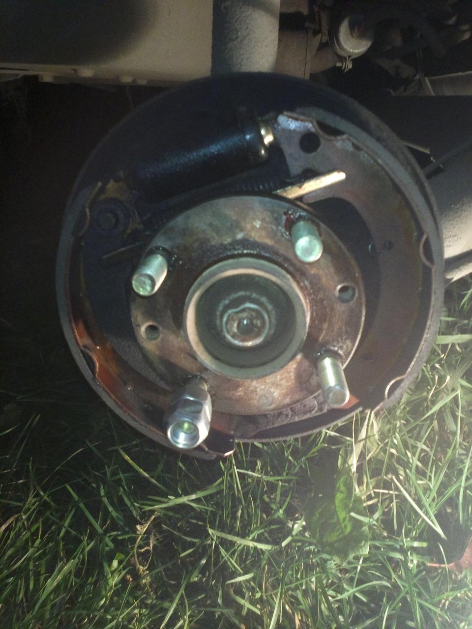 Установка колесных шпилек на ВАЗ