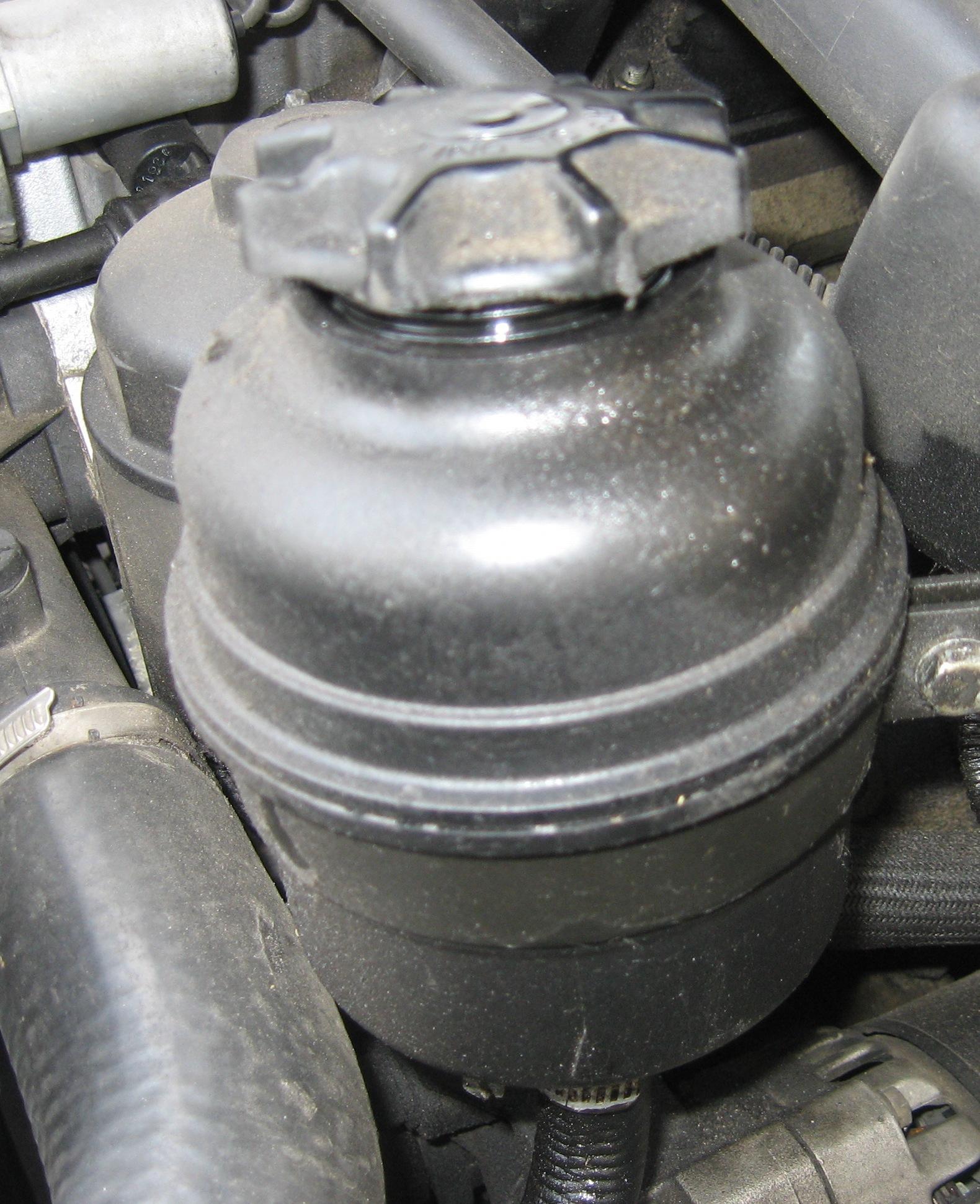 Замены масла в гидроусилителе руля: полная инструкция