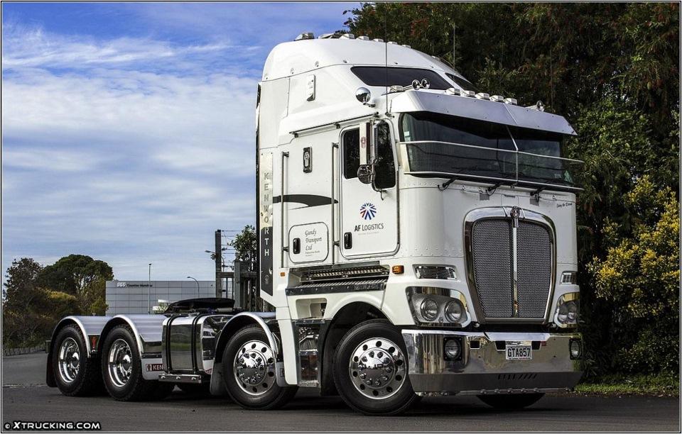 Freightliner australia