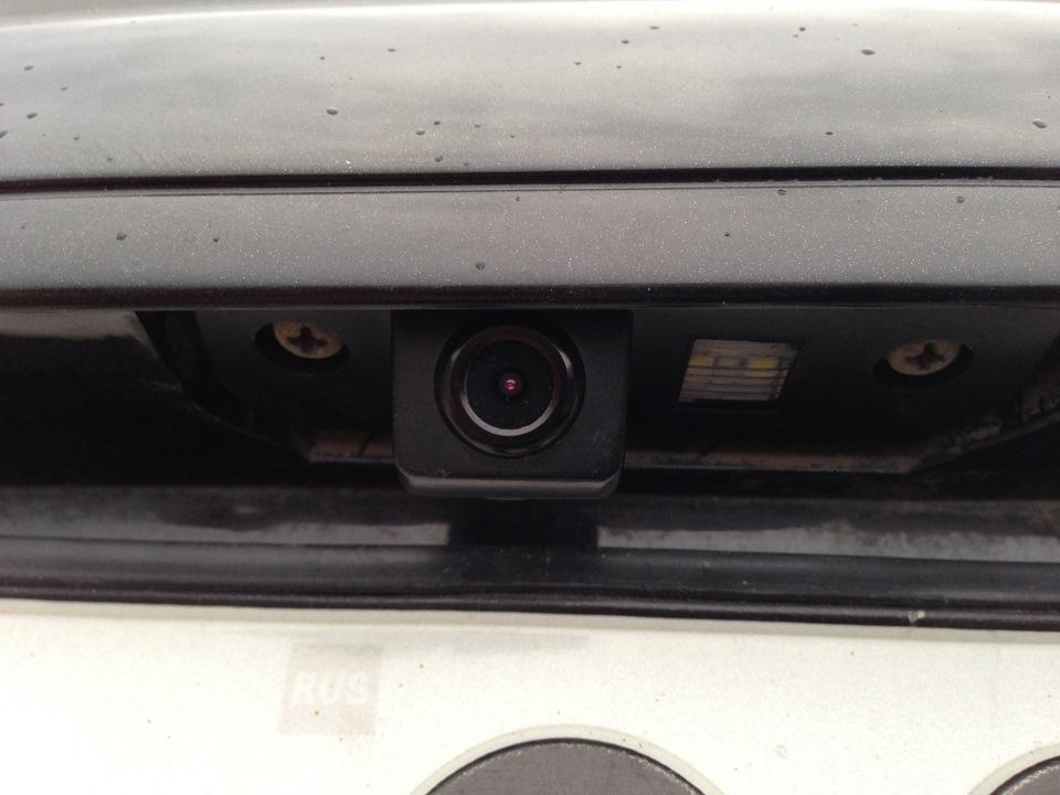 камера заднего вида для skoda octavia tour