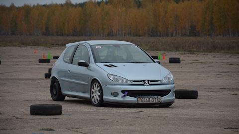 Peugeot 206 - отзывы владельцев