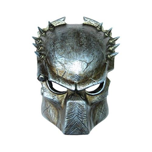 фото хищника маска