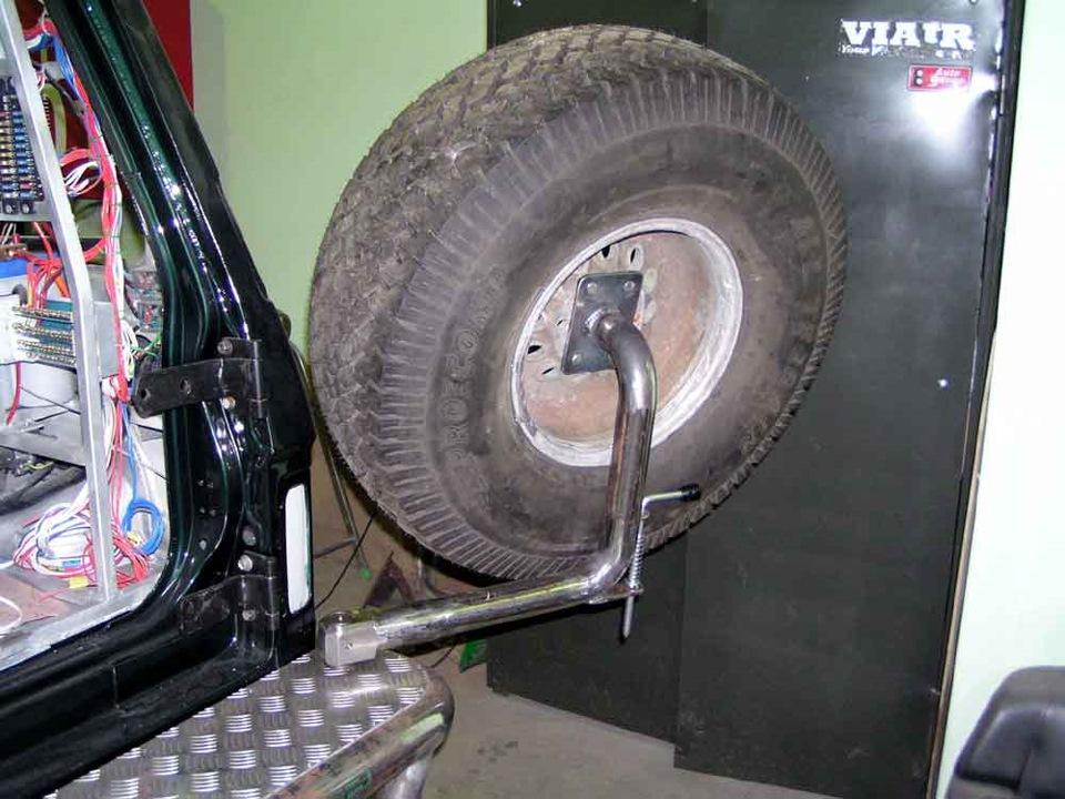 Кронштейн запасного колеса своими руками нива