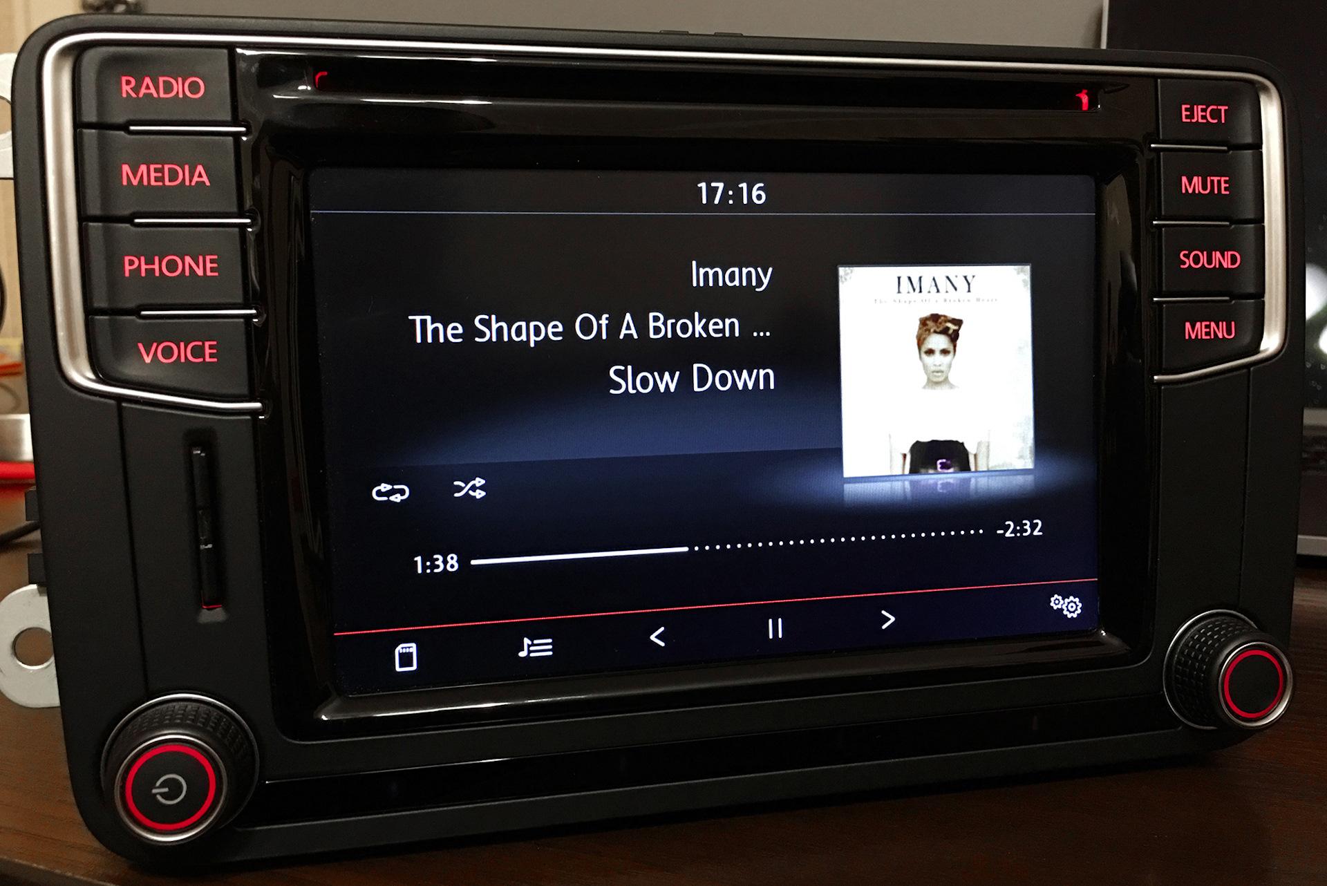 vendo radio composition media original vw app connect t ctil control gestual forocoches. Black Bedroom Furniture Sets. Home Design Ideas