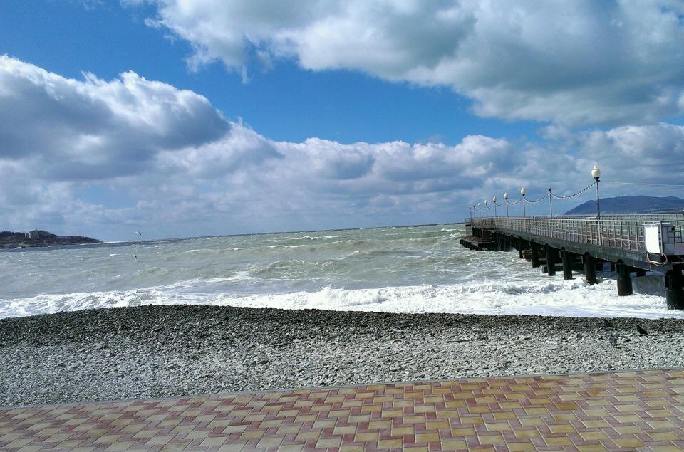 море фото кабардинка