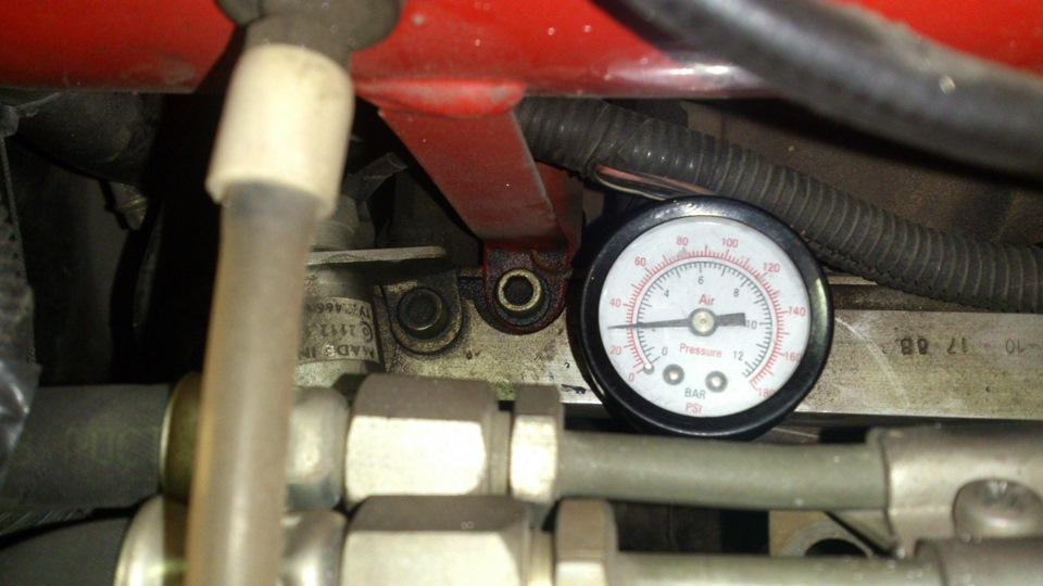 Мастерим манометр проверки давления топлива. бортжурнал Mazda 6 2.0 AT