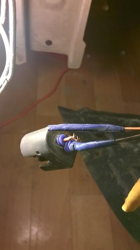 mitsubishi colt горит лампа подушки безопасности