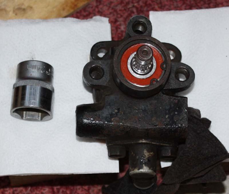 замена вала гидроусилителя на mazda 626