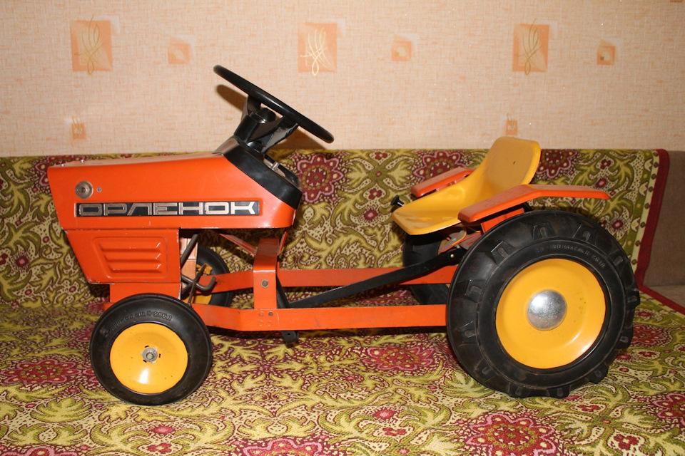 Детский трактор с педалями своими руками 98