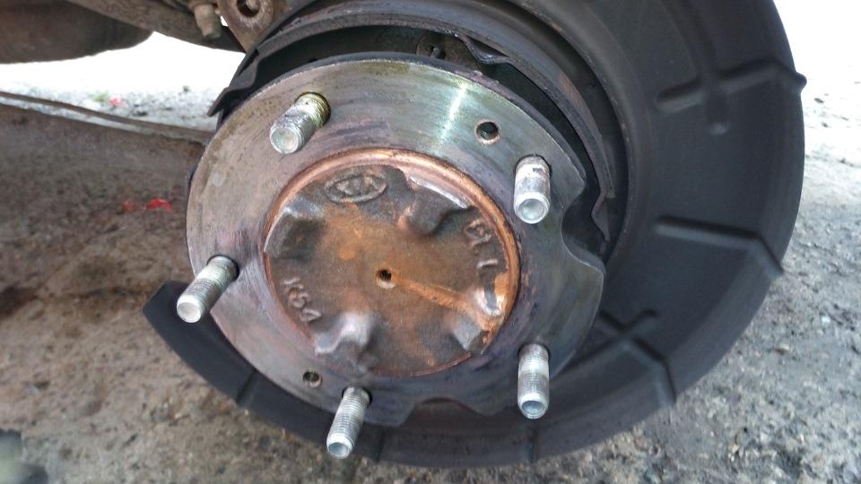 Замена задних тормозных дисков на киа соренто