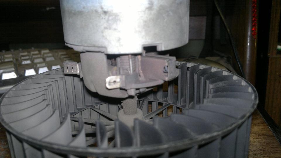 Ремонт вентилятора кондиционера на БМВ Е39 и БМВ Х5 (Е53)
