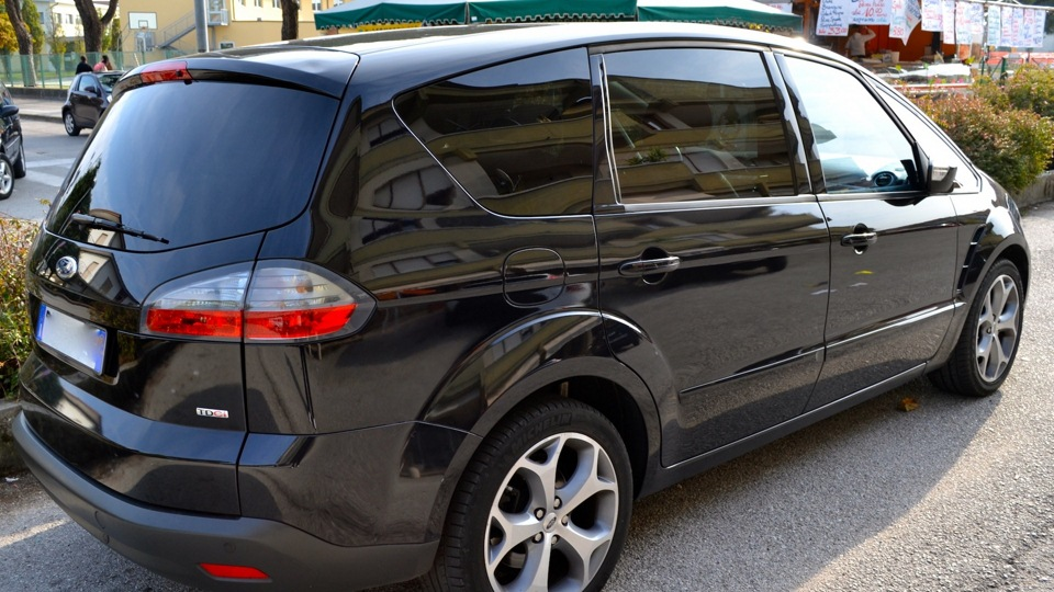 Фото ford s max
