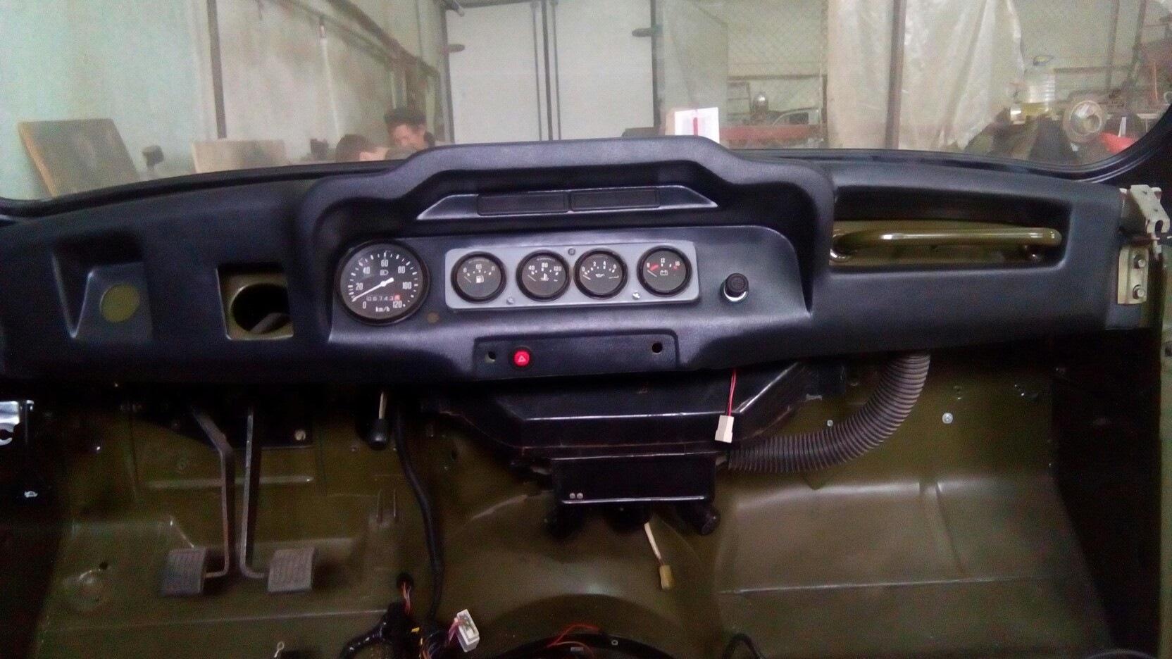 панель приборов на уаз хантер фото направляет бинокль