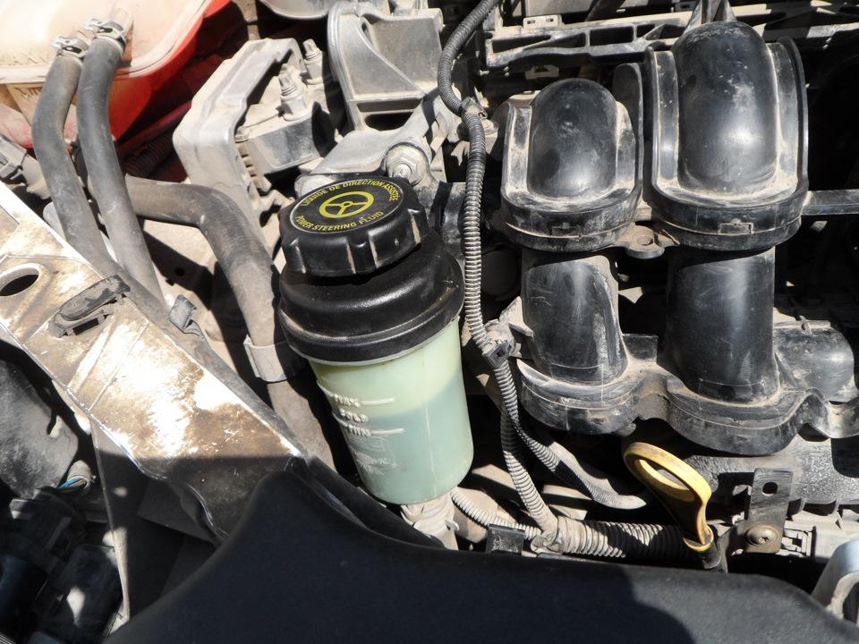 Промывка двигателя и замена масла форд фокус 2 Замена отводящего шланга радиатора альмера g15