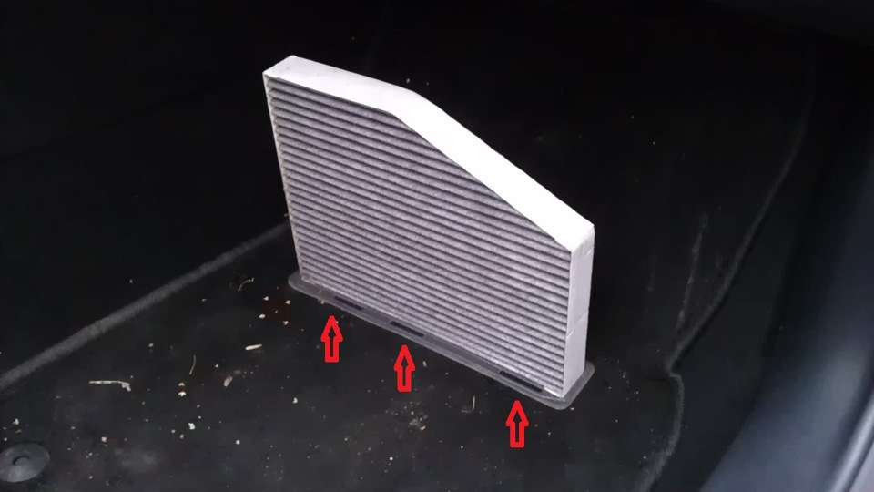 Замена салонного фильтра на шкода а5 133