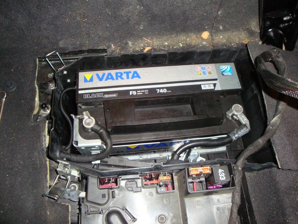 аккумулятор на фольксваген туарег