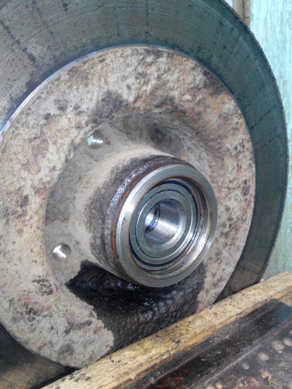 Замена подшипника передней ступицы логан