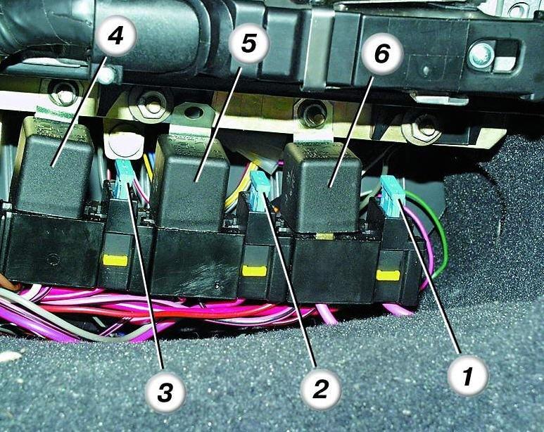 Блок управления стеклоподъемниками схема фото 237